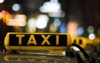 Что мешает таксистам работать легально