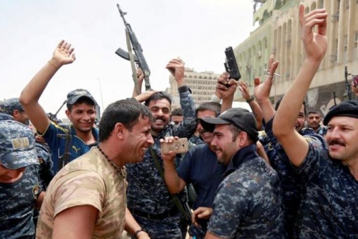 Премьер Ирака объявил оразгроме ИГИЛ вМосуле