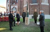 В Венгрии открыли памятник жертвам Голодомора в Украине 1932-1933 годов