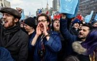 Россиянам следует начать забывать о соцсетях и интернете
