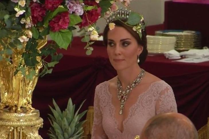 Кейт Миддлтон надела серьги принцессы Дианы навручение кинопремии BAFTA