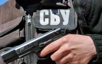 Под Харьковом остановили Mercedes с вооруженным пассажиром (видео)