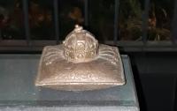 Жители Ужгорода не поняли смысл памятника венгерским королям (фото)