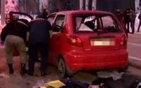 В центре Донецка взорвался автомобиль, есть погибший (видео)