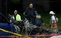 Гражданский самолет потерпел крушение на базе ВВС США, есть погибшие
