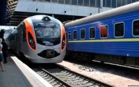Железнодорожные билеты, как и в советские времена, распространяют спекулянты