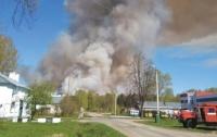 В России новый крупный пожар, разрываются боеприпасы (видео)