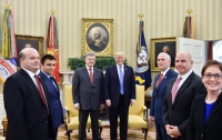 Порошенко предоставил американцам доказательства присутствия войск РФ в Украине