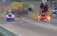 Гоночный автомобиль взорвался на скорости свыше 500 км\час (видео)