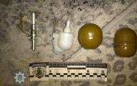 На Волыни злоумышленник угрожал взорвать гранату в жилом доме