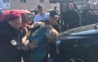 Под Киевом рэкетиры пытали бизнесмена, требуя выкуп