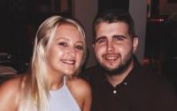 Девушка вышла замуж за умирающего от рака возлюбленного