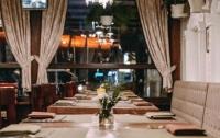 За обедом в киевском ресторане у мужчины украли 72 тыс. грн