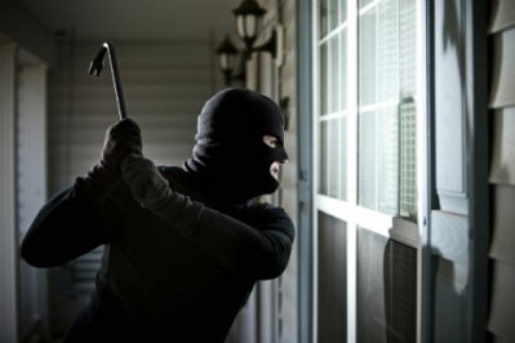 Ошиблись квартирой: Грабители убили пенсионерку