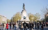 В Париже провели акцию в поддержку Сенцова