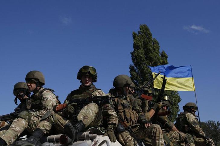 Киев решил отвести военных в Донбассе на позиции 2016 года