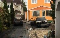 На Киевщине начали сжигать авто на