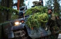 Шведский военный погиб под БМП на учениях