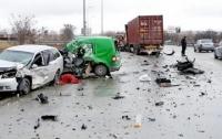 Кровавое ДТП под Киевом: погибли два человека
