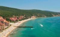 Бывший военный открыл стрельбу на курорте в Болгарии, есть раненые туристы