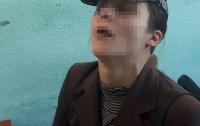 Неадекватная женщина с младенцем шокировала прохожих в Киеве