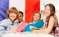 Французским школьникам разрешили не ходить в школу из-за жары
