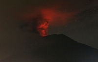 Правительство Японии создало кризисный штаб из-за извержения вулкана
