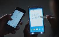 Samsung в новой рекламе показала эволюцию iPhone