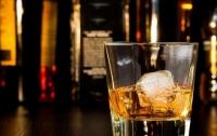 В Херсонской области фальсифицированный алкоголь продавали через Интернет