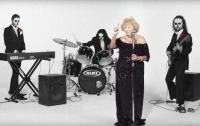 Пережившая Холокост бабушка стала солисткой дэт-метал группы