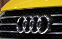 Audi представила серийный электромобиль E-tron