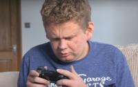 Слепой геймер смог пройти самые сложные игры мира (видео)