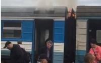 На Волыни загорелся поезд с пассажирами (видео)