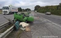 Страшная авария под Харьковом: машина нанизалась на отбойник, есть жертвы