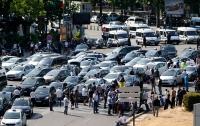 Подъезды к аэропортам Парижа заблокированы из-за протестов против Uber