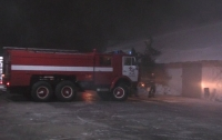 Масштабный пожар в Харькове: обувную фабрику тушили четыре часа