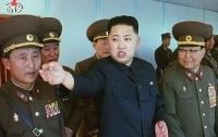 Ким Чен Ын посетил усыпальницу отца и деда