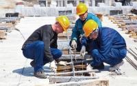 Опасная работа: в Харькове строитель упал с высоты