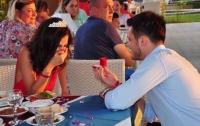 За 10 лет до знакомства: девушка нашла будущего мужа на детском фото