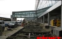 Азаров попросил прессу не ругать чиновников за подготовку «Борисполя» к Евро-2012