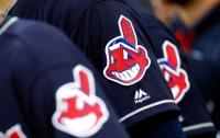 Бейсбольный клуб уберет красного индейца с логотипа из-за расистских обвинений
