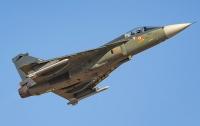 Индия приняла на вооружение первый истребитель собственной разработки