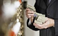 Оборот наличных денег в Украине заметно сокращается