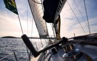 У мужчины отняли яхту за неуплату алиментов
