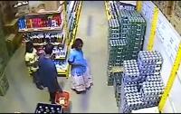 В Запорожье беременная девушка-клептоманка несколько раз грабила супермаркет