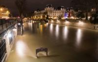 Наводнение в Париже вышло на пиковый уровень