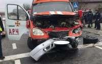 Авто рятувальників протаранив позашляховик