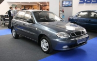 Названы самые дешевые автомобили в Украине