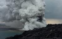 Главная достопримечательность Гавайев рухнула в океан (ВИДЕО)