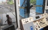 ЧП в киевском метро: под поездом погиб мужчина